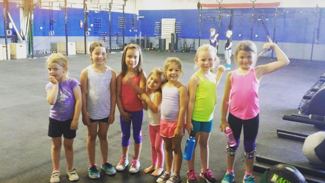 Little ladies feeling #fit  #type44 #centraloregon #inbend #crossfitkids #crossfit #type44kids