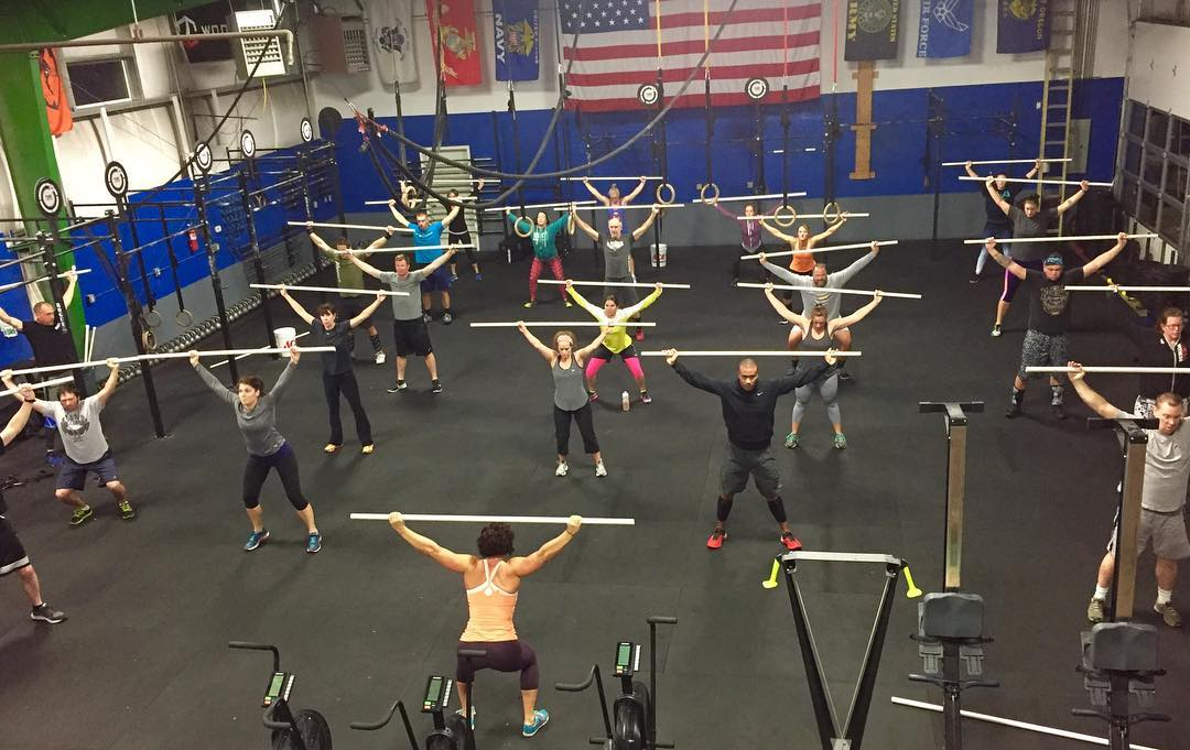 Monday morning, rise and grind 💪🏽 5:30a getting after it!  #type44strong #type44 #crossfit #reebok #inbend #centraloregon