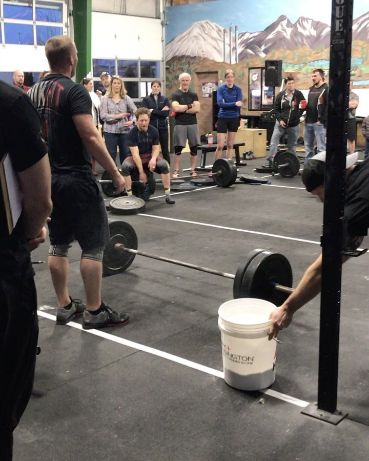 Type 44 standing behind EVERY athlete last night 🏋🏻‍♀️🏋🏻‍♀️ • HUGE shout out to all the spectators, we couldn't ask for a better community! . . . #intheopen #type44 #type44strong #crossfit #17point3 #reebok #fitaid #rogue #roguefitness #inbend #localize #centraloregon #boomshockalaka #fitness #powerlifting #training #wod #strength #nike #metcon #bendoregon #community @crossfitgames