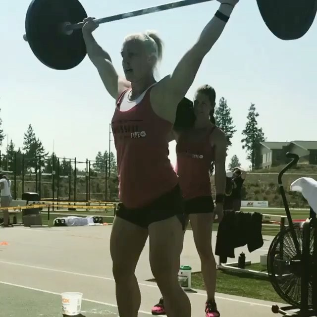 @lyon_kira doin' work in the Rx team event 2! @oregoncrossfitoc Summer Games at Summit HS last all weekend, so come down and cheer us on!! 💪🏽