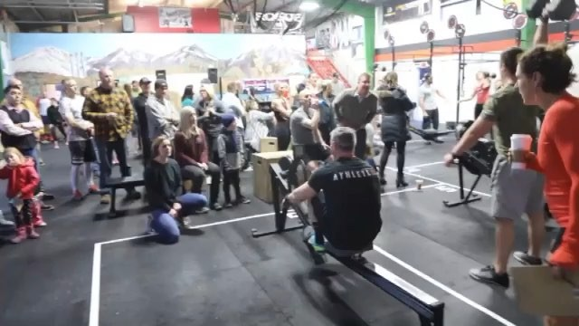 Friday Night Lights 18.1! Athletes came in with 🔥. One test of fitness completed. Friday athletes take on 18.2! Dont miss this one. .. .. 📽: @tsr.photo