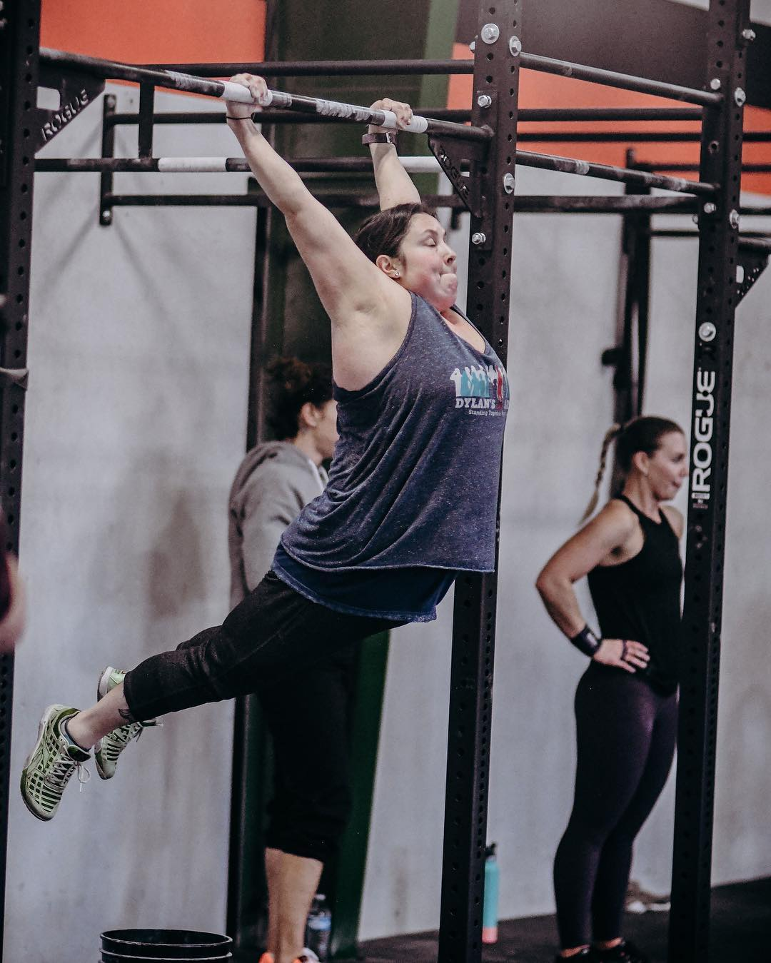 The best part of competition is that through it we discover what we are capable of and how much more we can actually do than we ever believed possible. There's only ☝🏽 workout to go in the 2019 CrossFit Open. Push your limits & give it everything you've got to @jadex_love FIRST pull-up!